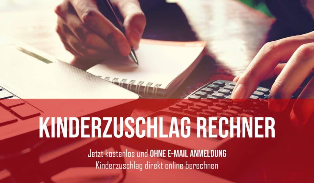 Taschenrechner mit Notizblock und Stift und Laptop